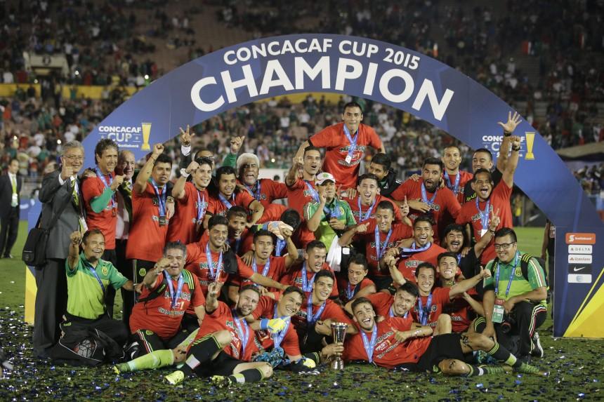APphoto_CONCACAF Mexico USA Soccer