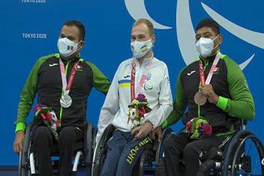 dos medallas natación